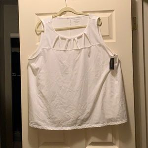 Lane Bryant size 22/24 white neck detailed tank